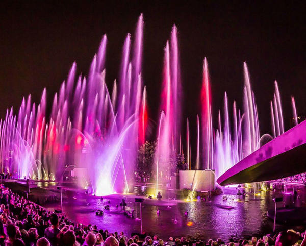 开封音乐喷泉公司_洛阳激光水秀施工_溢香园林景观工程设计