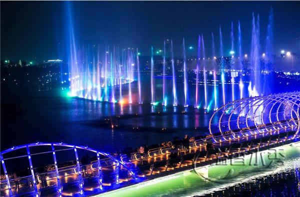 河南音乐喷泉公司_郑州水幕电影设计_溢香园林景观工程施工